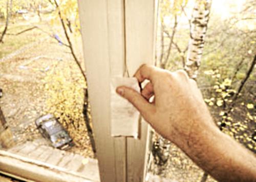 Как и чем утеплить деревянные окна на зиму своими руками