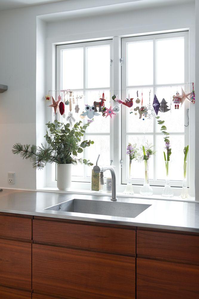 окна на кухне новый год 2